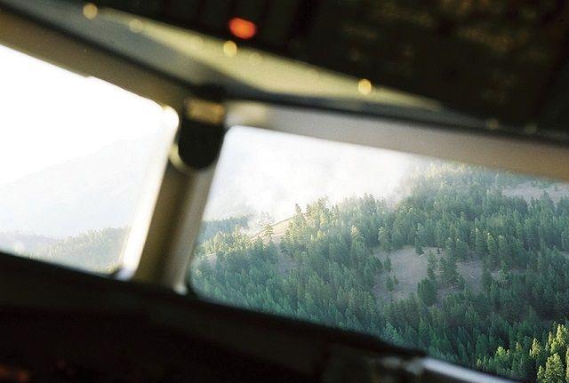 Tellerden Sakınmada Teknolojinin Yararları Teknoloji, göremediklerinizi size gösterebilir ve hayatınızı kurtarabilir! Yazar: Dr. Patrick Veillette, 7 Ekim 2015 Çeviren: Ercan Caner, Sun Savunma Net, 5 Haziran 2017 Foto: Honeywell Helikopterler sık sık tellere takılmakta ve meydana gelen ölümcül kazalarda birçok insan hayatını kaybetmektedir. ABD Helikopter Güvenlik Timi tarafından yapılan araştırmalar sonucunda elde edilen verilere göre; …