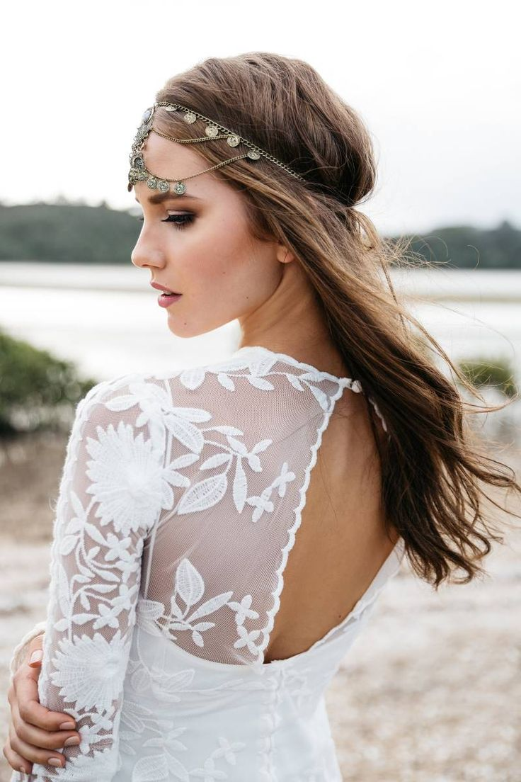Styled Shoot: Bohemian winter wedding inspiration via Truly and Madly