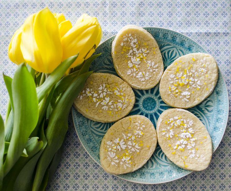 Üde finomság a kekszes dobozba: citromos keksz házilag