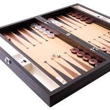 I like playing backgommon