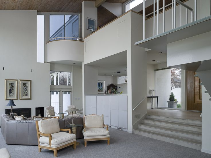 A beautiful modern home designed by renowned architect bud for Modern dallas homes for sale