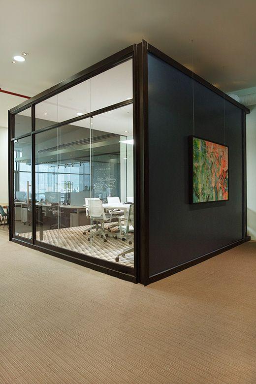 85 best decoraci n de oficinas ejecutivas images on for Decoracion oficinas modernas