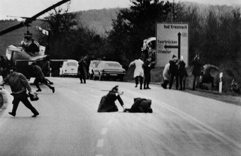 Intercambio de disparos entre la policia y unos ladrones de banco en Saarbrucken,Republica Federal Alemana,foto:Wolfang Peter Geller.