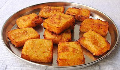 A treasured sweet dish, very dear to us Andhras, are these golden bewitching treats, Chandrakaantalu. Classified as pindivantalu (festive foods), these classic favorites are absolutely delicious making you crave for more even after you have had your fair share. I actually have to remove the serving plate from the table to keep us from finishing …