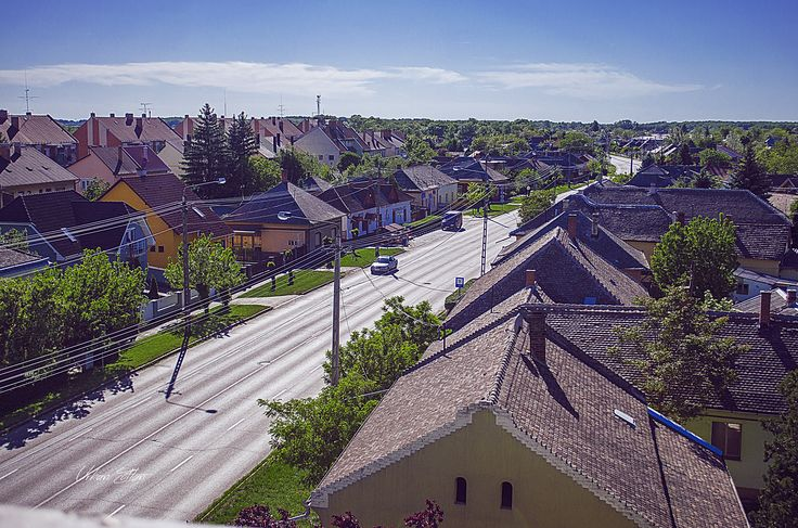 Látkép a templom tornyából (Deák Ferenc utca)