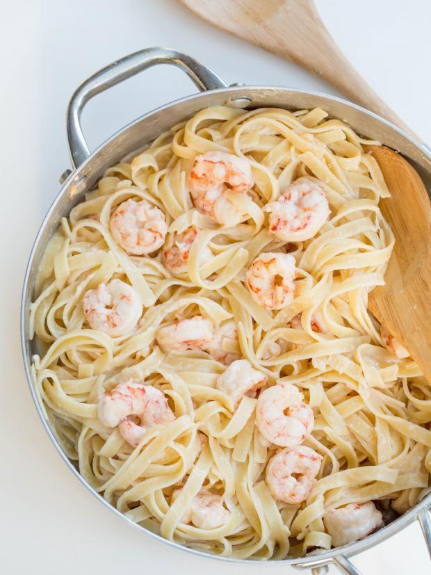 Easy Creamy Shrimp Scampi!!