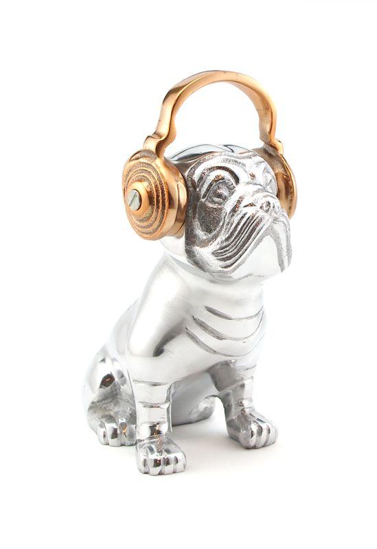 percy the pug: copper headphones