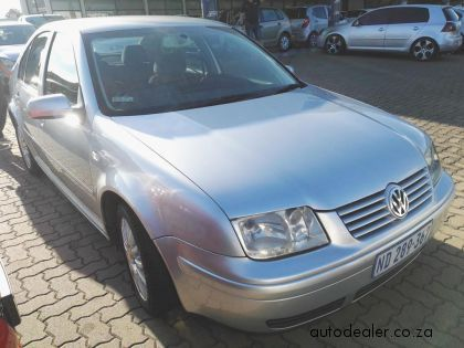 Price And Specification of Volkswagen Jetta 4 1.6 Comfortline For Sale http://ift.tt/2F9Wh0t