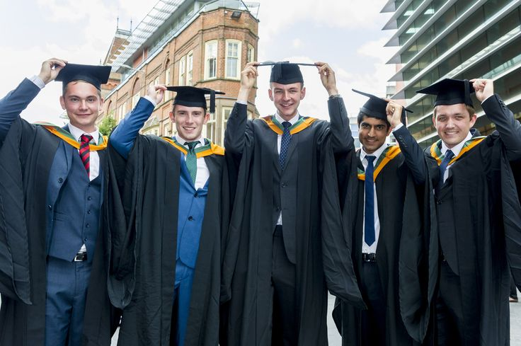 A group of summer graduates celebrate on 18 July 2015.