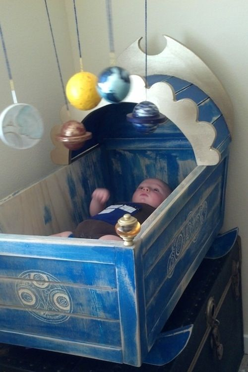 Awesome Doctor Who Crib - @Caralyn Goudy, you need to have another baby now.