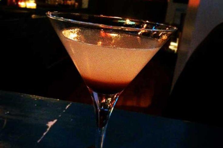 Lakrids er ikke kun godt, når det kommer til slik. Flere og flere kokke og bartendere har taget lakridsroden til sig. Vi guider til tre lækre drinks med lakrids.