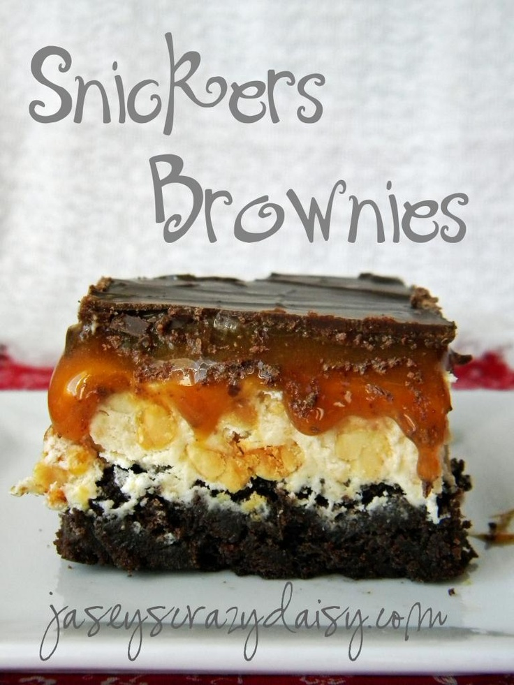 absolutely incredible! Snickers Brownies *Recipe By Jasey's Crazy Daisy repinned by www.smg-treppen.de #smgtreppen