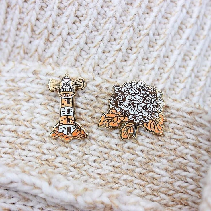 Orange White Pin Set