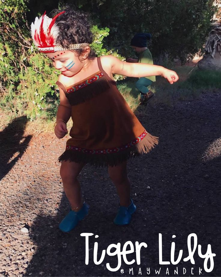 Toddler Tiger Lily Halloween costume!!! This was a lot of fun to make. Let me know what you think <3