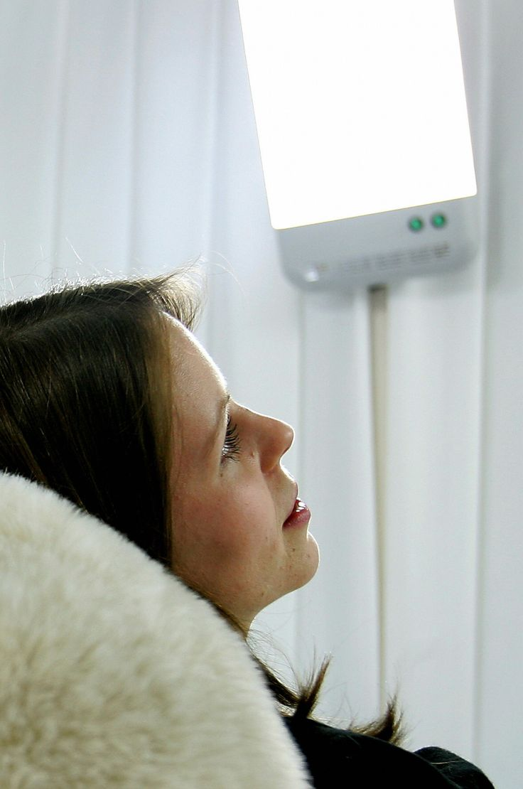 How effective are light boxes in staving off winter blues? -- Can sitting in front of a light for a few minutes a day actually counteract the dreariest months? -- Yes, in many cases. Light-box therapy has been shown to alleviate symptoms in people who suffer from seasonal affective disorder, or SAD.