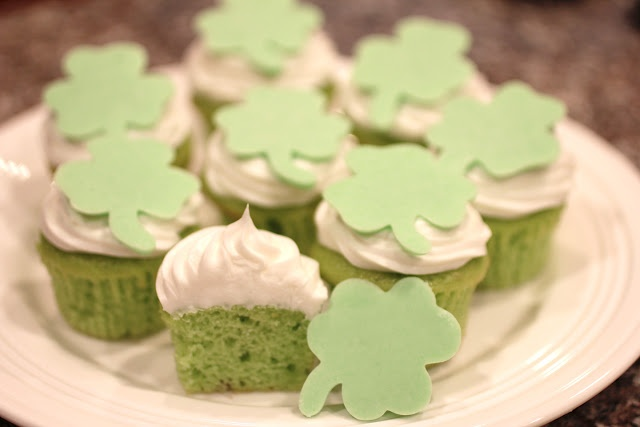 Candy Shamrock Cupcake Toppers. VERY simple DIY! You can make any shape for any occasion!: Holiday, Shamrock Cupcake, St. Patrick'S Day, St Patrick'S Day, Repeat Crafter Me, Cupcake Toppers, Candy Shamrock