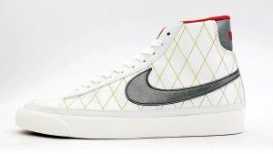 Italia Negozi Nike Blazer Mid 09 ND Scarpe da Ginnastica Donne Bianco Rosse Argento Neonato Online