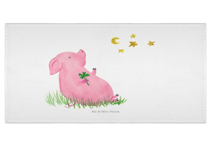 70 x 140 Handtuch Glücksschwein aus Kunstfaser  Natur - Das Original von Mr. & Mrs. Panda.  Dieses wunderschöne Handtuch von Mr. & Mrs. Panda hat die Größe 70 x 140 cm und ist perfekt für dein Badezimmer oder als Badehandtuch einsetzbar.    Über unser Motiv Glücksschwein      Verwendete Materialien  Die verwendete sehr hochwertige Kunstfaser ist langlebig, strapazierfähig und abwaschbar und wird von uns per Hand bedruckt. Es handelt sich um ein besonders schönes und leichtes Material…