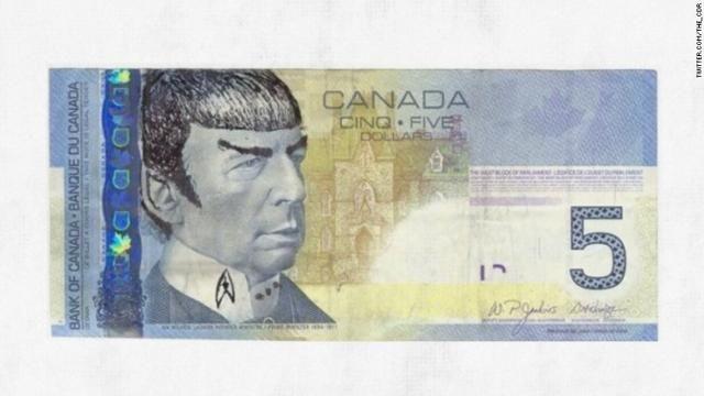 2月27日に死去した米俳優のレナード・ニモイさんをしのんで、カナダ紙幣の肖像画をニモイさんが演じた「スター・トレック」のミスター・スポックに書き換えようという呼びかけが広がっている。  カナダの5ドル紙幣には1896年から1911年まで首相を務めたウィルフレッド・ローリエの肖像画が入っている。  頭...