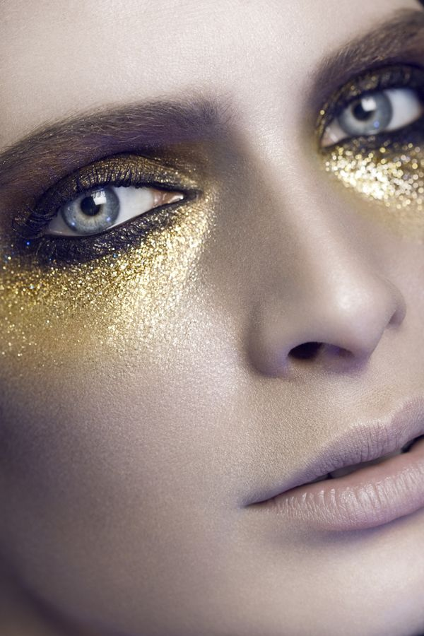 Golden glitter casual summer looks // Łukasz Znojek - photography/beauty #makeup #glitter