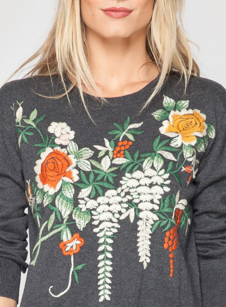 Pullover Embroidered Sweater Multi