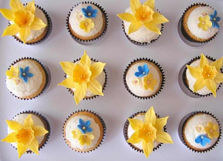 Yellow Daffodil Cupcakes