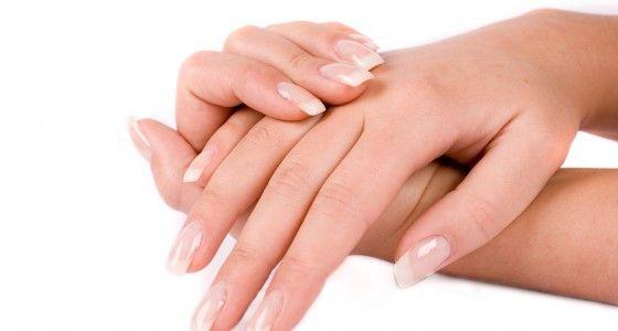 Wanneer de natuurlijke nagel voldoende verzorgd en lang is, wordt de gel rechtstreeks aangebracht op de natuurlijke nagel.