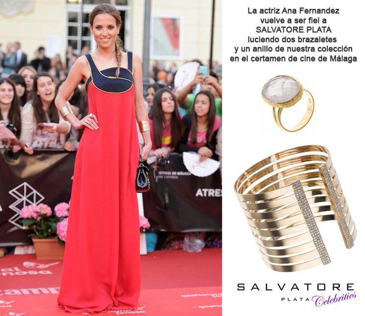 La actriz Ana Fernandez vuelve a ser fiel a Salvatore Plata con dos brazaletes y un anillo de la colección en el certamen de cine de Málaga. Ver más colección en www.salvatore.es