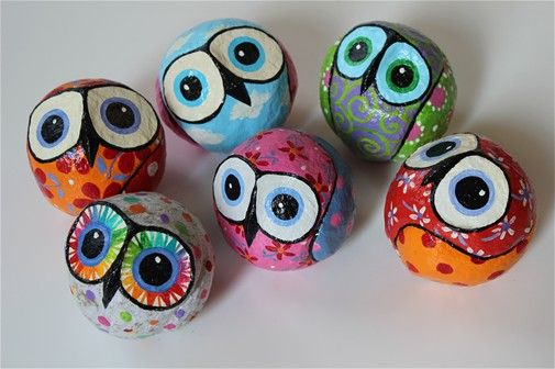 Owls colorful papier-mache 10 cm diameter