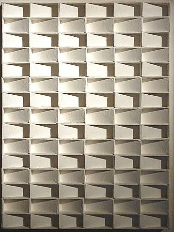 Relief by the Dutch artist Jan Schoonhoven. It reminds me of the beautiful facades of the German department stores Kaufhaus.