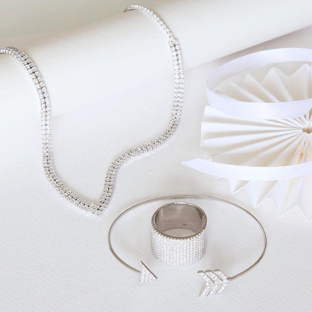 Smycken i äkta silver med Kubisk Zirkonia från Guldfynd