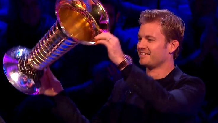 Nico Rosberg: Formula 1 champion on A Question Of Sport    Formula 1 world champion Nico Rosberg brings his trophy to A Question Of Sport - but is it a bin or an ice bucket?   http://www.bbc.co.uk/sport/formula1/38469875