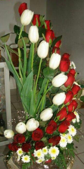 45 best arreglos florales images on Pinterest Floral arrangements