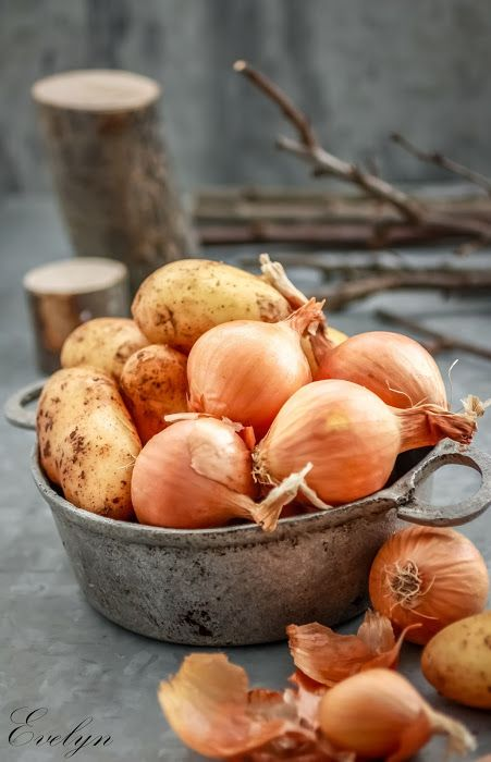 kitchen drama  |  food photography: Potatoes & Onions