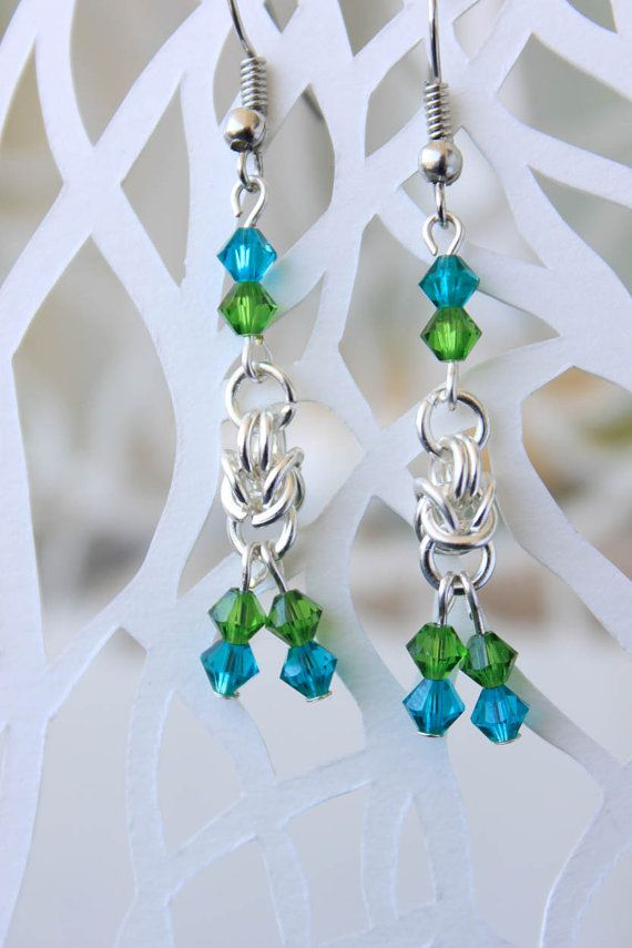 BlueinGreen|Swarovski Earrings|chainmaille Earrings|Handmade Jewelry|DangleEarrings| Silber ohrringe| Swarovski Ohrringe| Grün Ohrringe