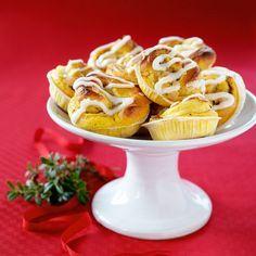 Baka ljuvligt goda och saftiga saffransbullar till första advent.