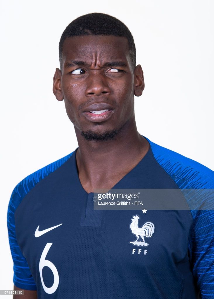 Paul Pogba Of France Poses For A Portrait During The Official Fifa World Cup 2018 Portrait Session At The Team Hotel On June 11 20 Paul Pogba France Fifa Fifa