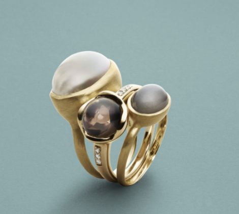 14 carat gold rings with peals, diamonds and moonstone