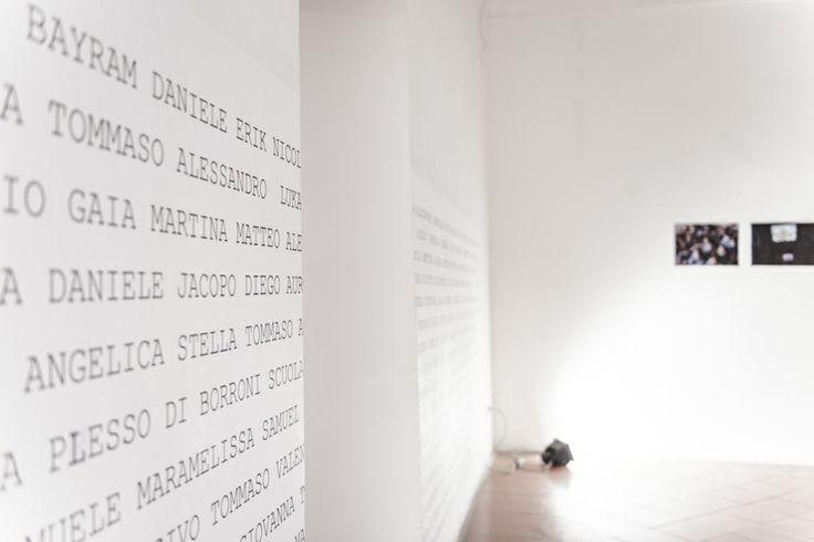 """OfficinedellUmbria, giunto alla sua undicesima edizione rinnova il suo format e, con il collettivo artistico aliment(e)azione, fonde la pratica artistica e didattica in una monumentale opera artistica per la creazione di una città a dimensione """"museale"""" ©aliment(e)azione http://alimenteazione.tumblr.com/post/86403592755/fragile"""