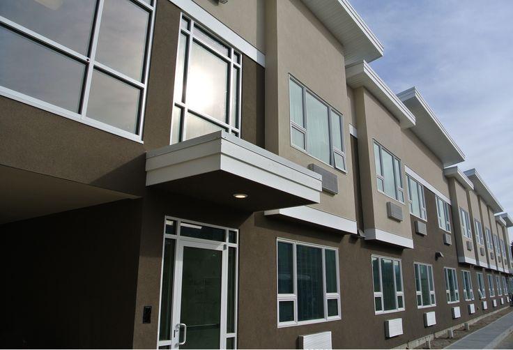 I stay @ Kelowna Inn & Suites.  1.800.667.6133 www.KelownaInnandSuites.com