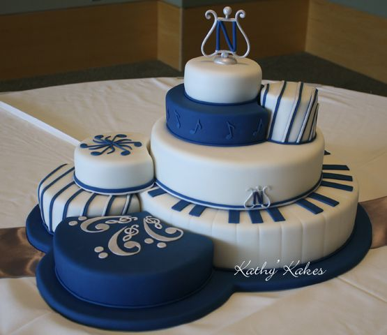 A lovely music themed cake by Kathys Cakes; Put this in my wedding colors and it is AWESOME