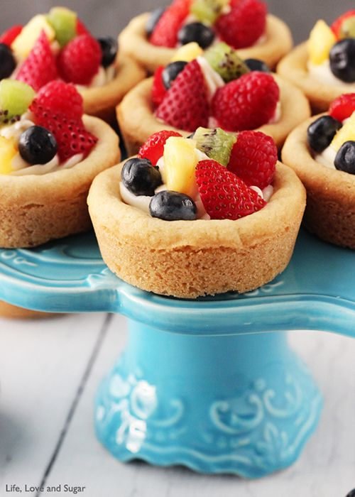 Fruit Cheesecake Sugar Cookie Cups | Brides.com