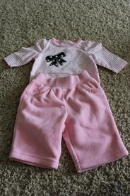 Circo two piece newborn outfit  Price: $3.00Outfit Price, Piece Newborns, Newborn Outfits, Newborns Outfit