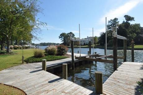 Boat dock deck