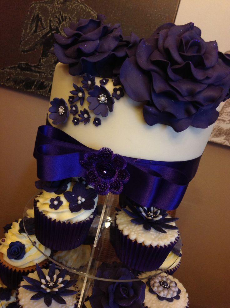 Cake With Cupcakes Wedding