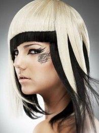 прически треш на средние волосы