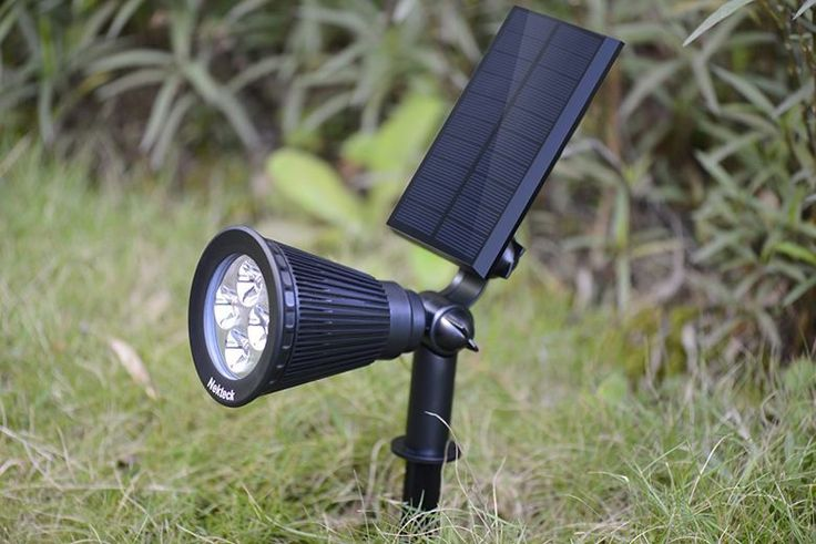 Light up your life with this Amazon sale on solar powered landscape and walkway lights