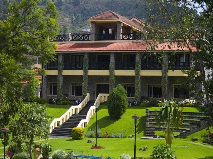 Hill Country Kodai Resort, Kodaikanal:  Hill Country Kodai Resort is conveniently located in the popular Kodaikanal area. The hotel offers a high standard of service and amenities to suit the individual needs of all travelers. To be found at the hotel are car park, room service, restaurant, valet parking, safety deposit boxes. Trouser press, ironing facilities, hair dryer, bathrobes, satellite/cable TV can be found in selected guestrooms. Entertain the hotel's recreational facilities…