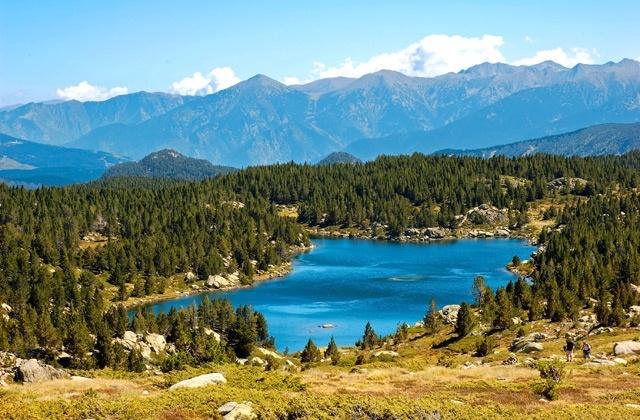 Pyrénées Orientales : Lac du Carlit (© Pat-o - Fotolia)