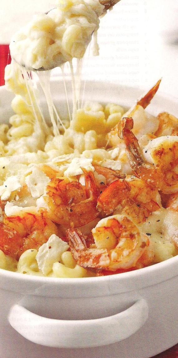 Cheese fondue pasta casserole - I don't like pasta much so if I pin it...I'm actually interested a bit about the taste. This one actually looks realllllly tasty, especially with the gooey cheese and shrimp.
